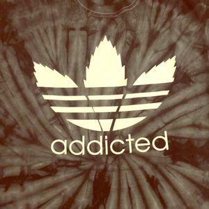 """NWOT """"Addicted"""" tye dye tee"""